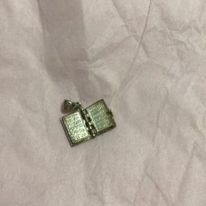 Jewelry - 925 sterling silver bible pendant